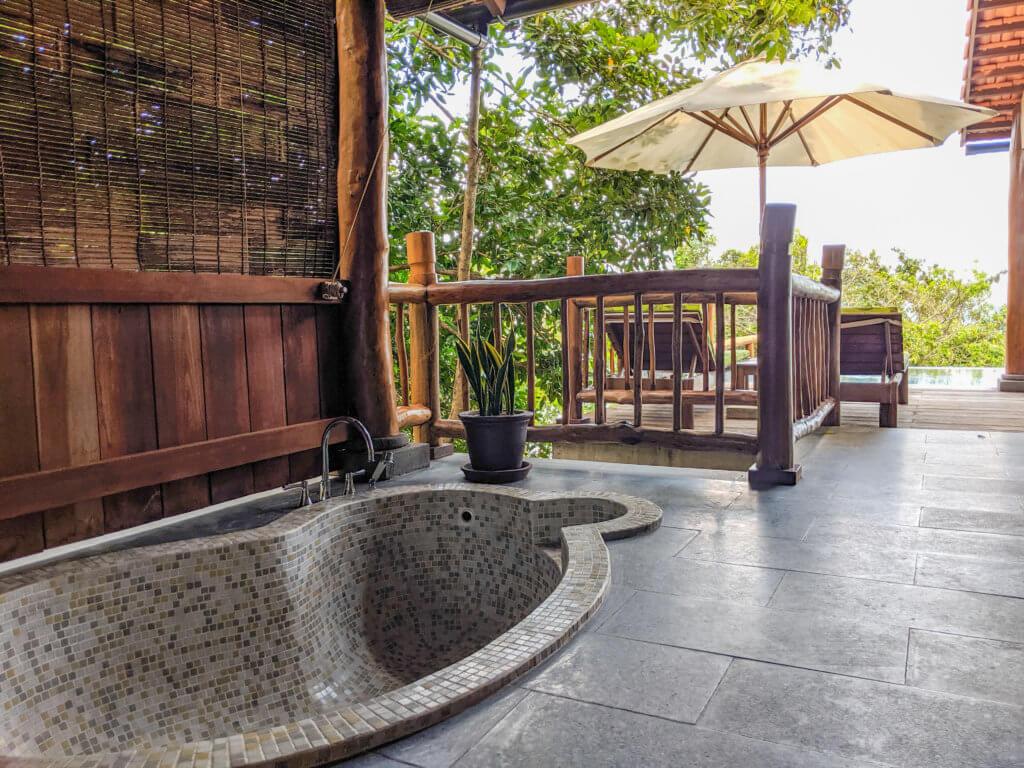 luxury outdoor bath
