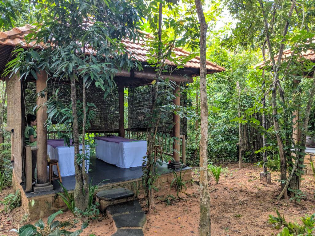 massage huts at Green Bay Resort