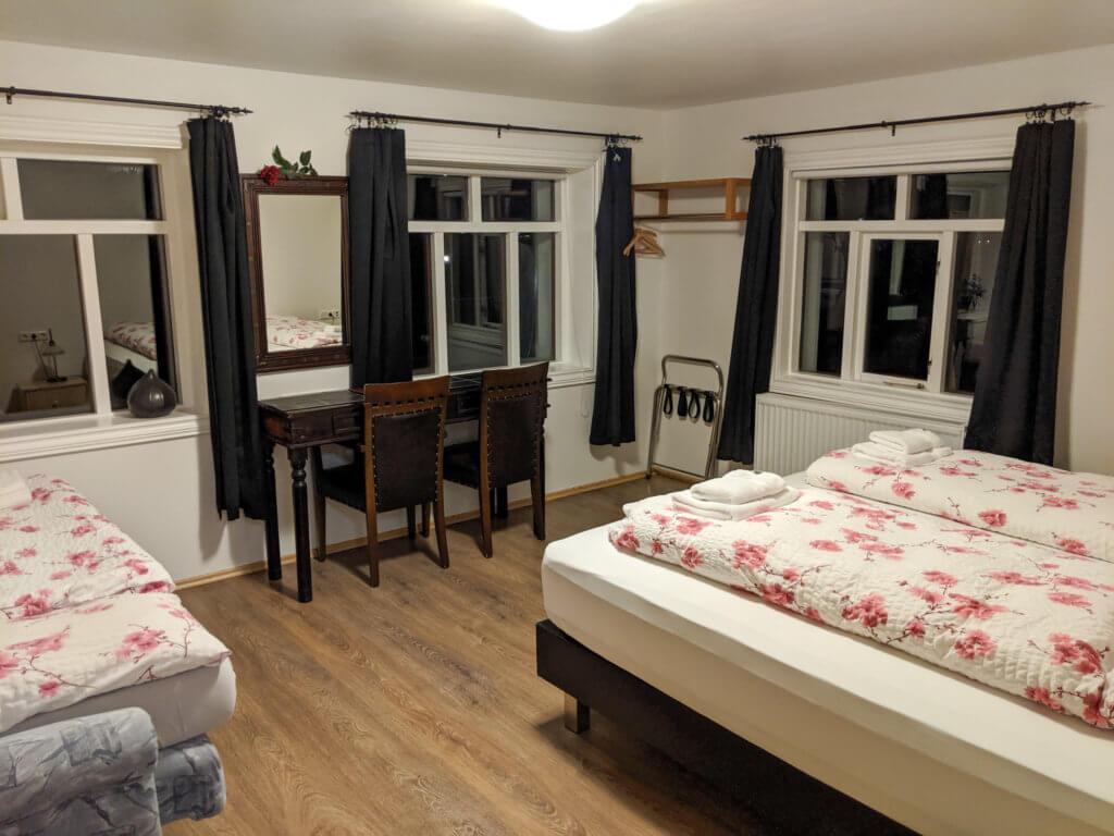 Stóru Laugar family bedroom
