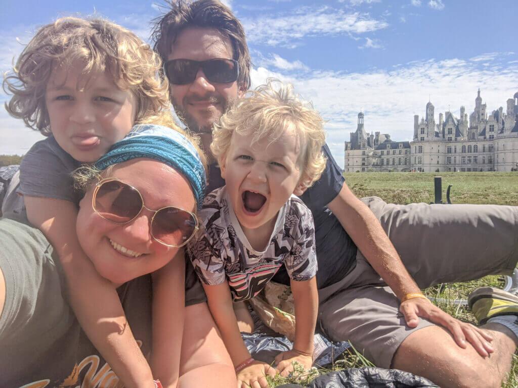 TraveLynn Family in the Loire