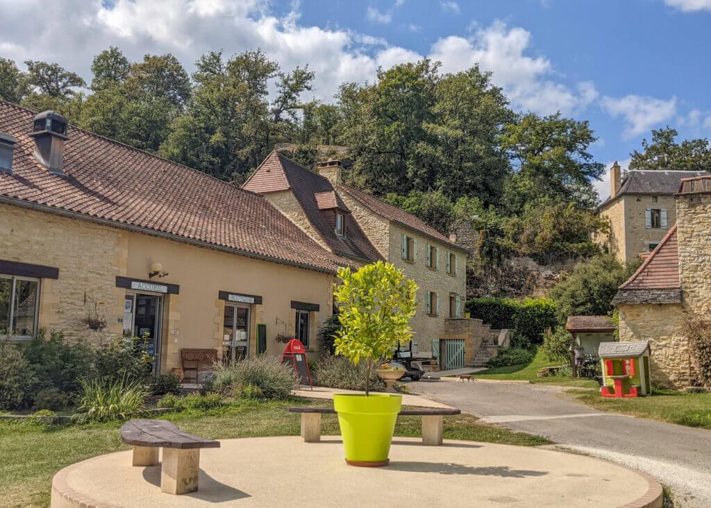 Le Moulin de Paulhiac Campsite Dordogne reception