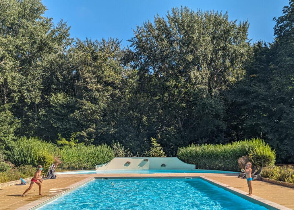Le Château de Chanteloup Campsite swimming pool